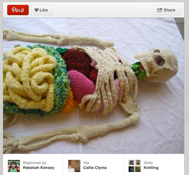 KNITTED SKELETON