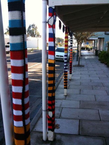 yarn bombing poles 1