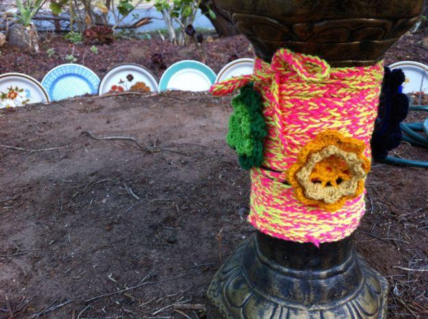 yarn bombing birdbath 2