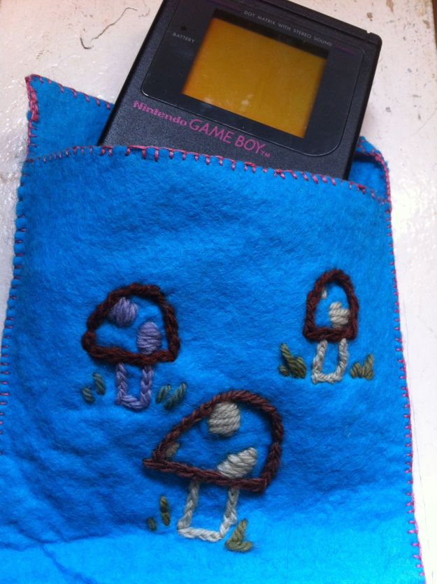 felt gameboy case 2