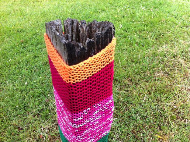 yarn bomb post