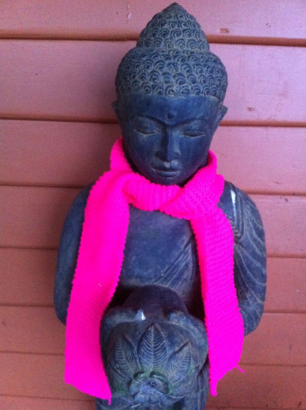 yarn bombing buddha