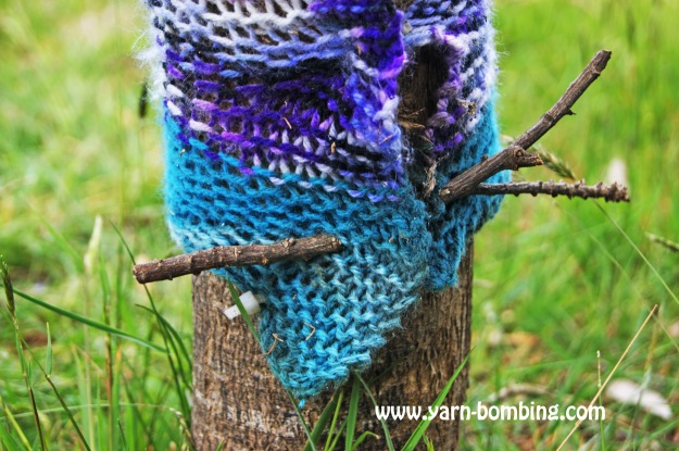 yarn bombing stick